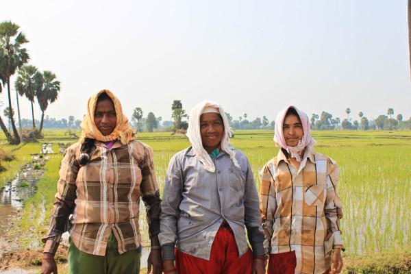 FemaleTravellerinIndia